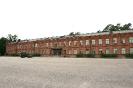 Kaartin Jääkärirykmentin aliupseerikoulun kasarmi on toiminut kesällä 1918 Santahaminan vankilana ja punavankien vankikasarmina