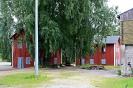 Alkuperäisestä käytöstä poistettuja rakennuksia on muutettu ja rakennettu armeijan harjoituskohteiksi