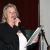 Paula Eronen laulaa